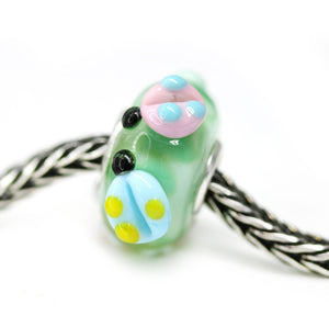 Spring European bracelet charm with ladybugs Flower Murano glass bead