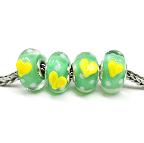 Easter bunny on green bracelet bead