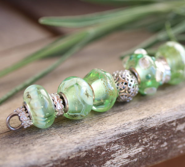 Vintage bottle organic - Antique green collection - European style bead