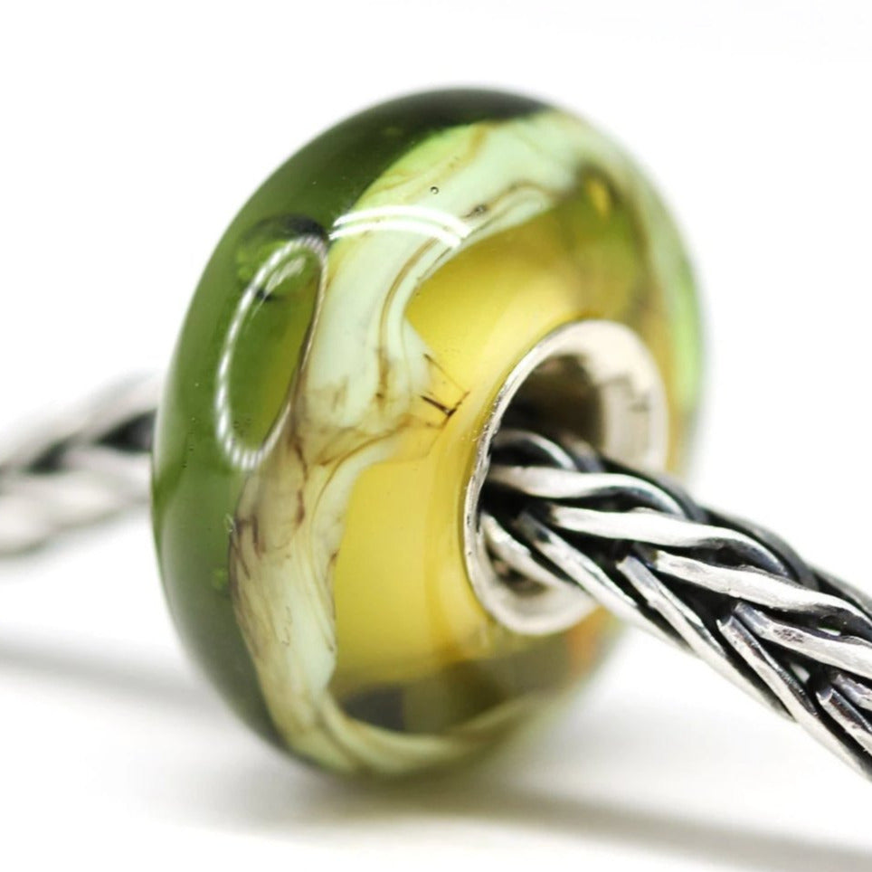 Sterling silver lined olivine European pandora style charm