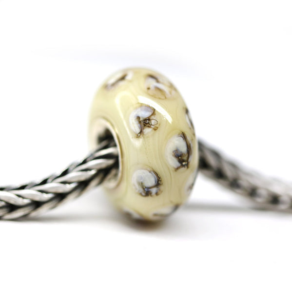 Light beige buttercream European bracelet bead handmade lampwork