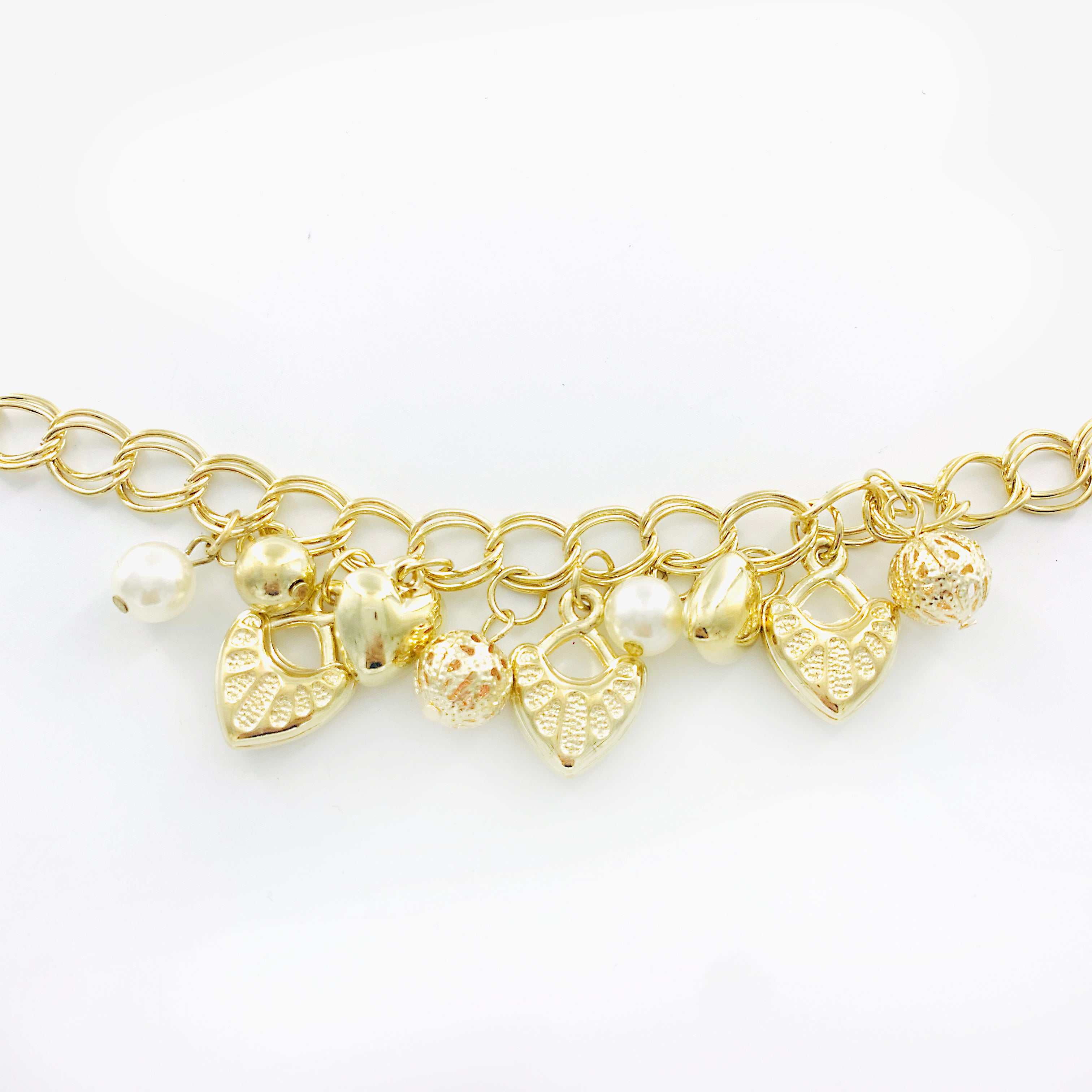 Gold chunky chain with heart Charms and pearls