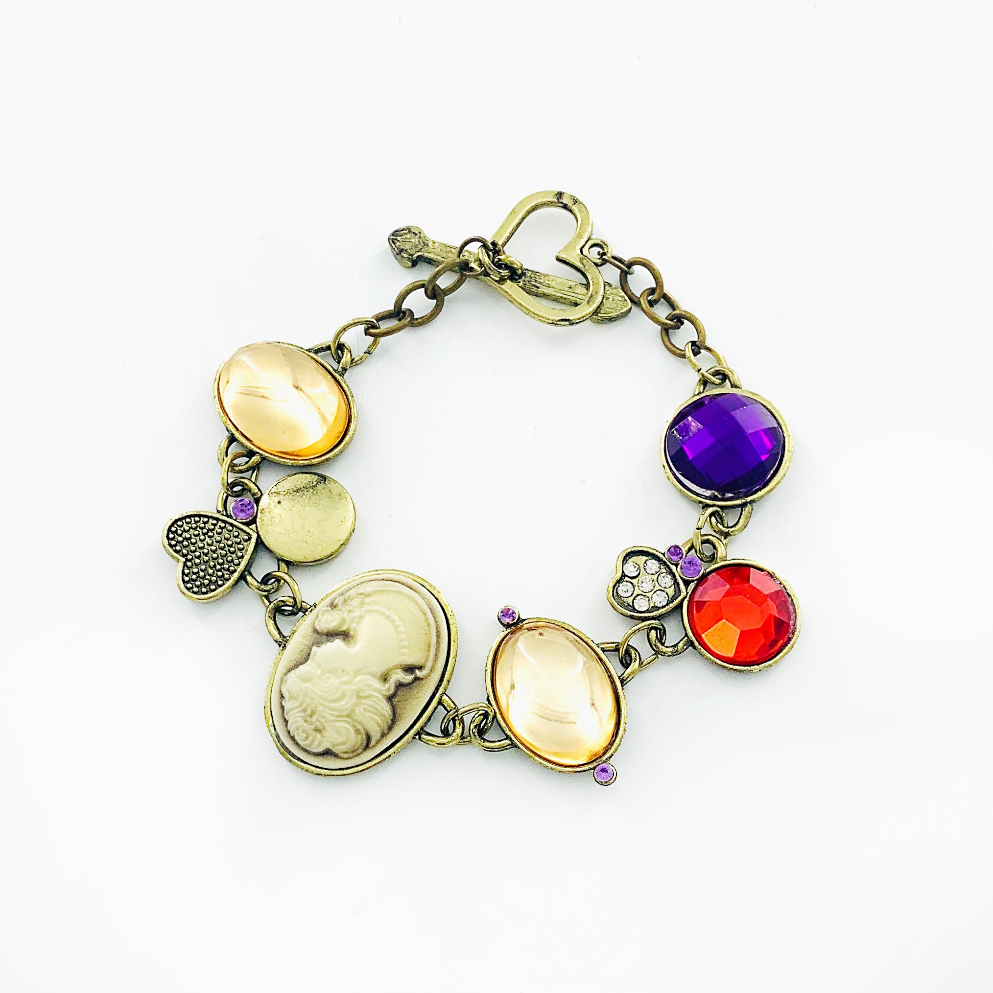 Vintage-styled bracelet with colourful stones