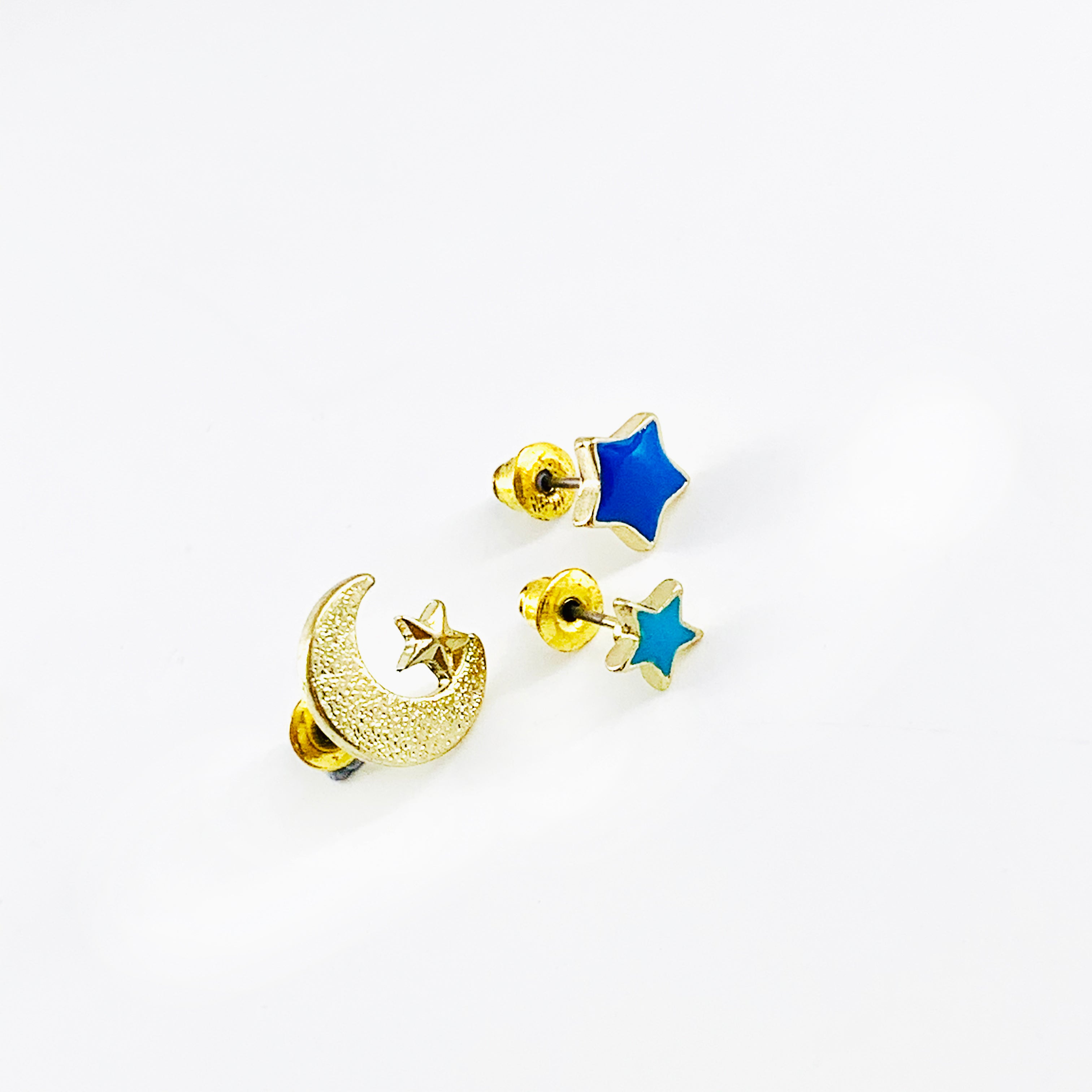 Crescent and star earrings in shades of blue