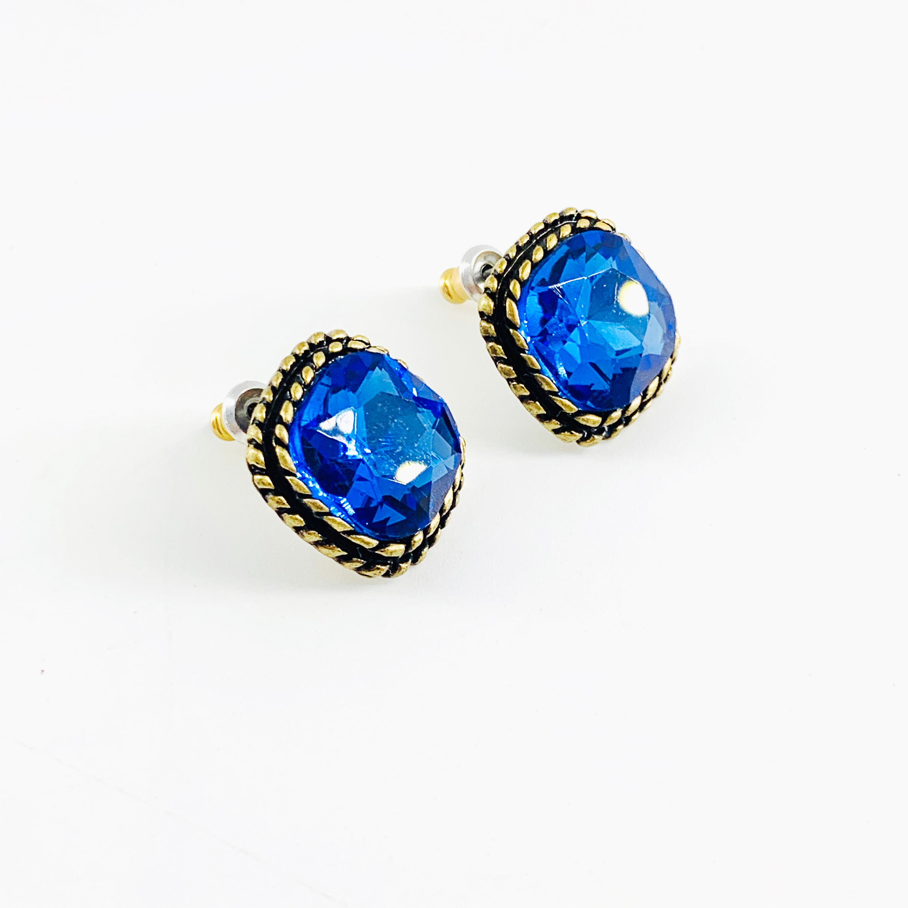 Vintage-styled earrings with blue crystal