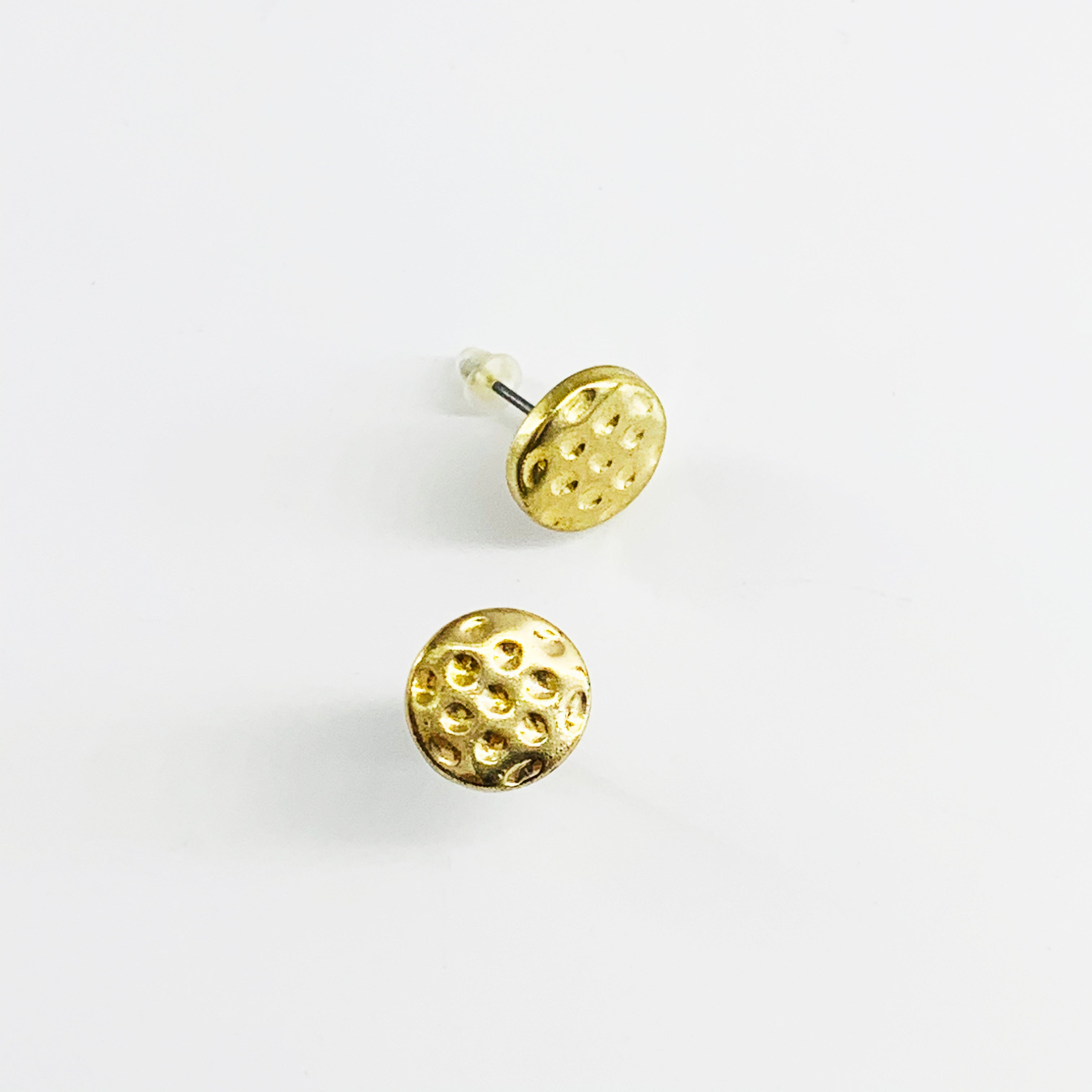 Textured gold disc ear studs