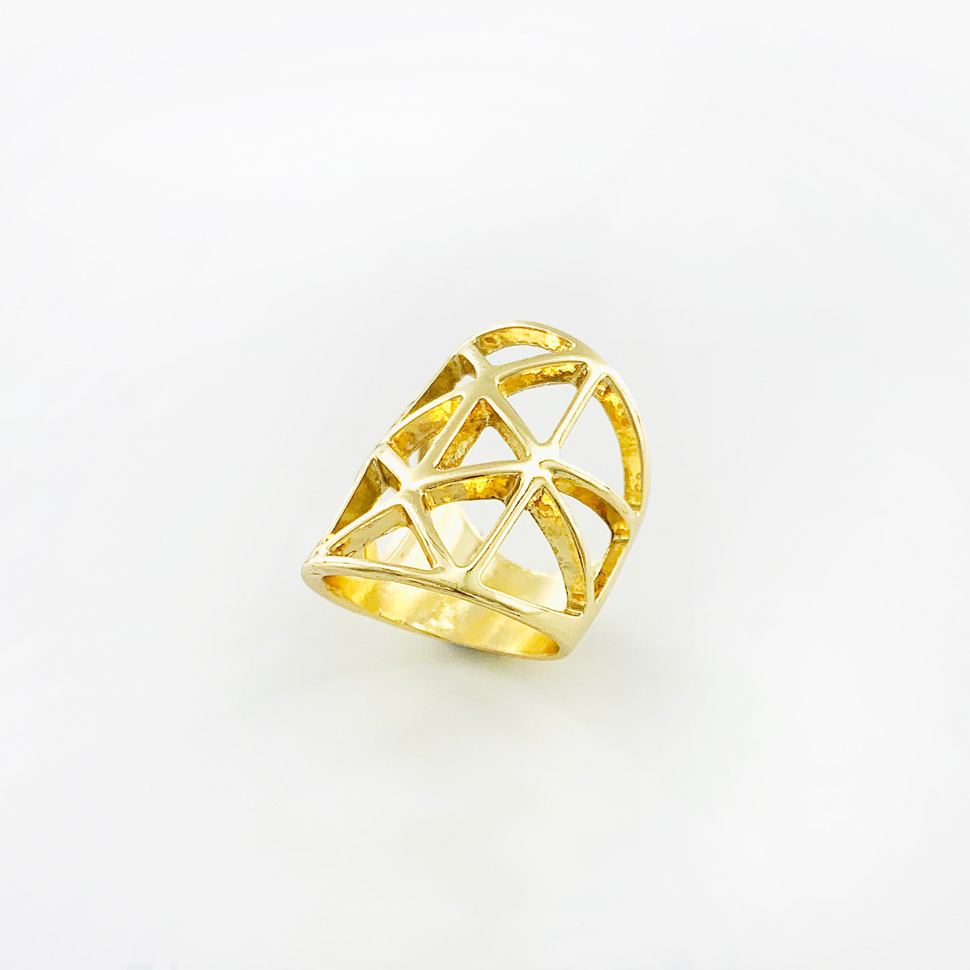 Criss Cross large gold ring