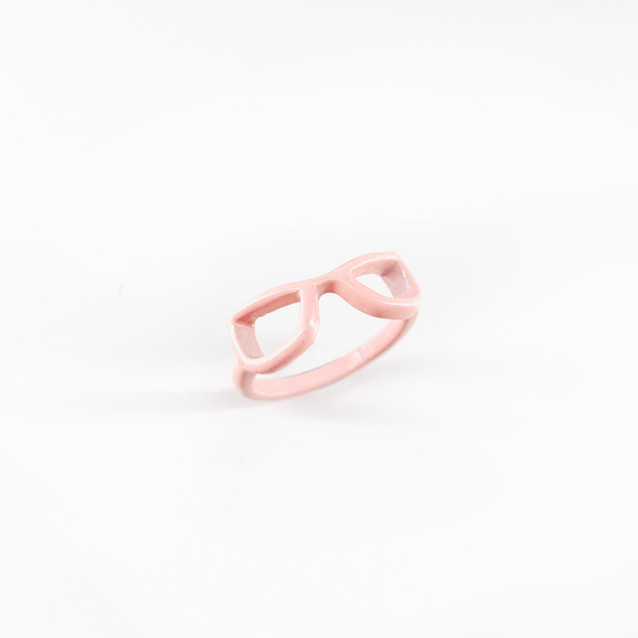 Enamel painted pale pink Sunglasses ring