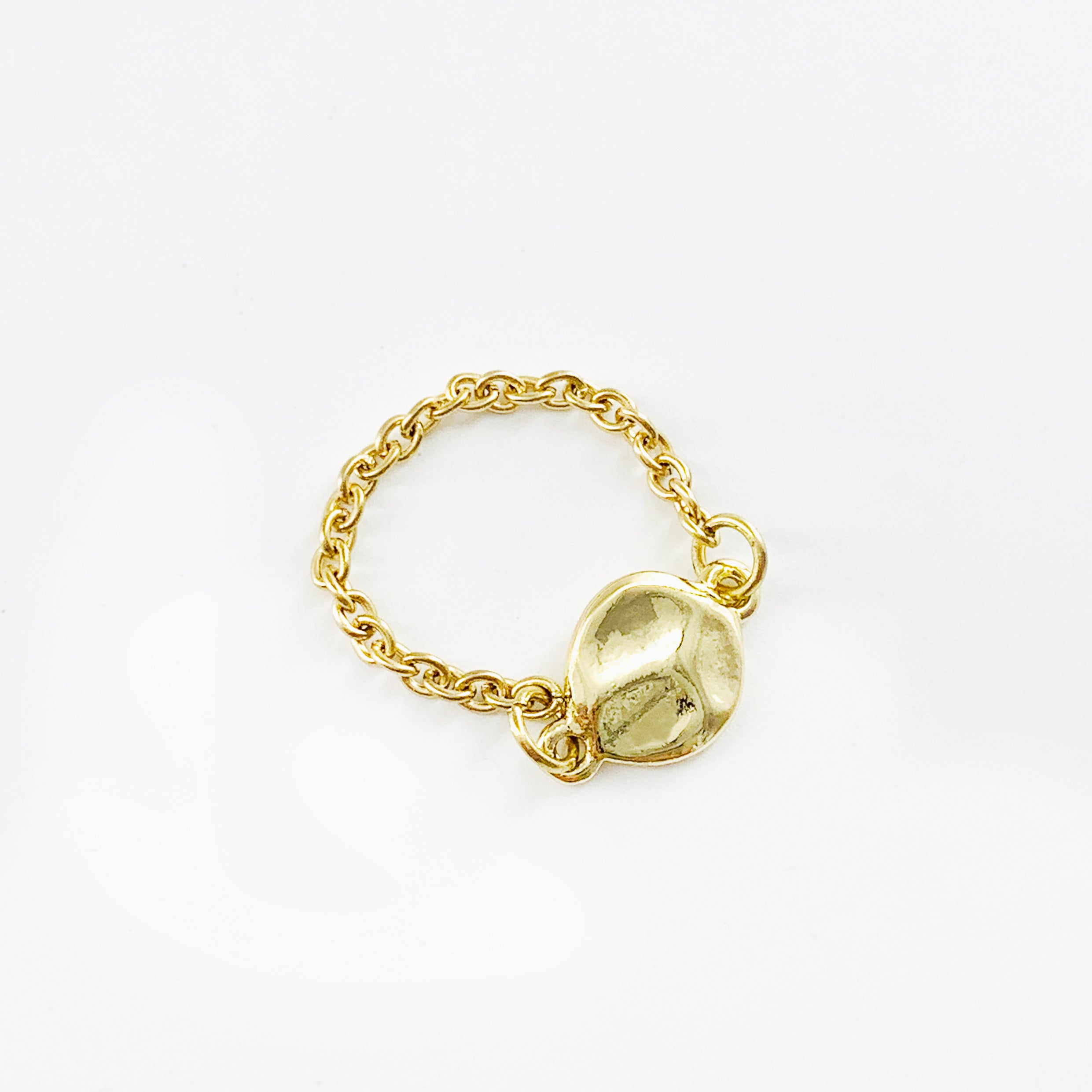 Gold disc ring with chain band