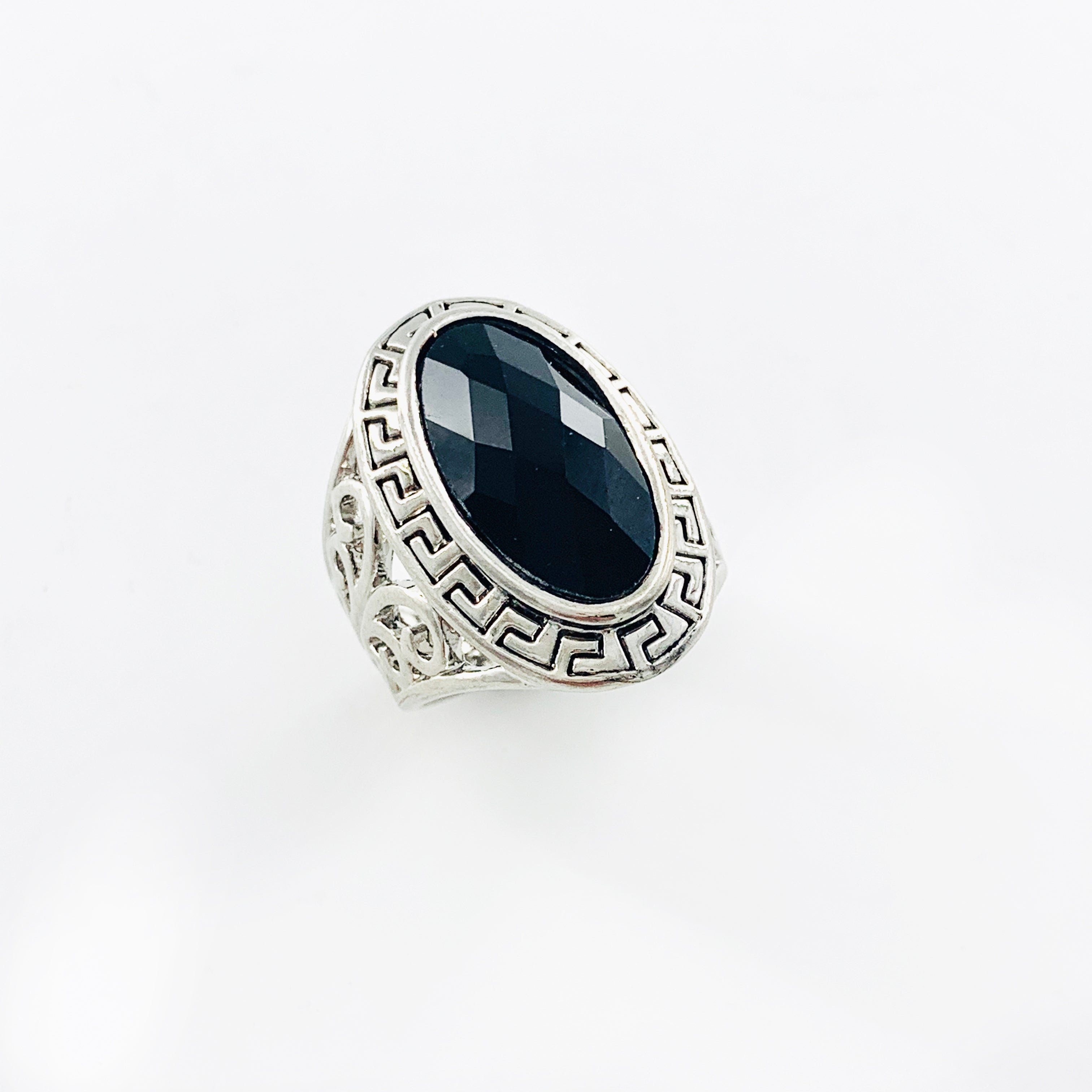 Chunky silver ring with black facet stone