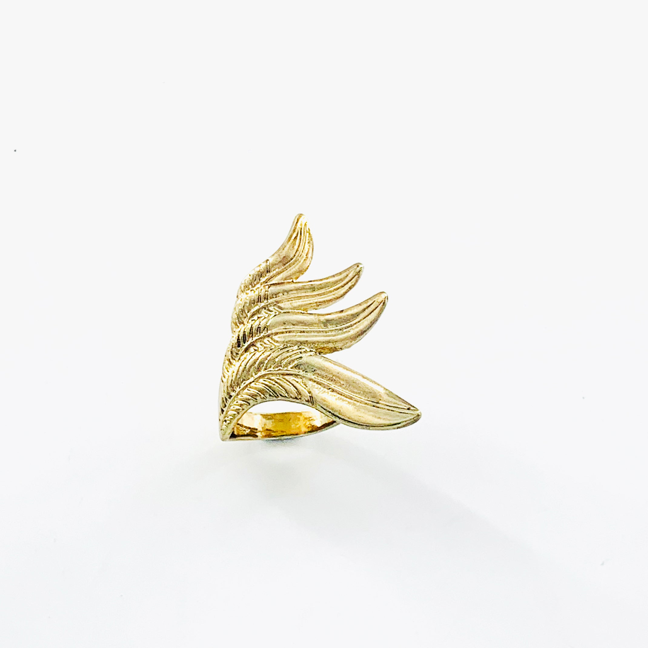 Large ring with feathered wings design