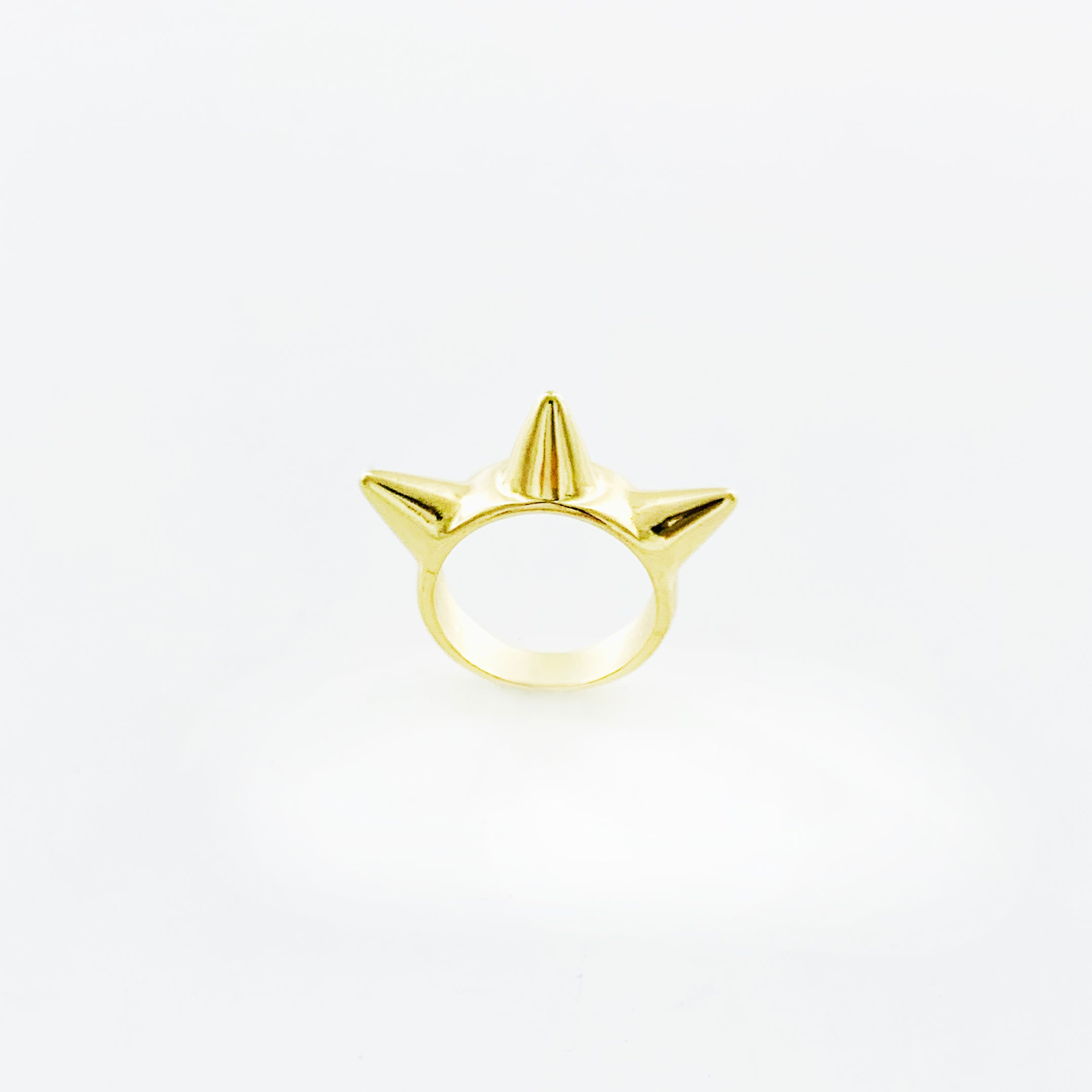 Gold ring with Three spikes