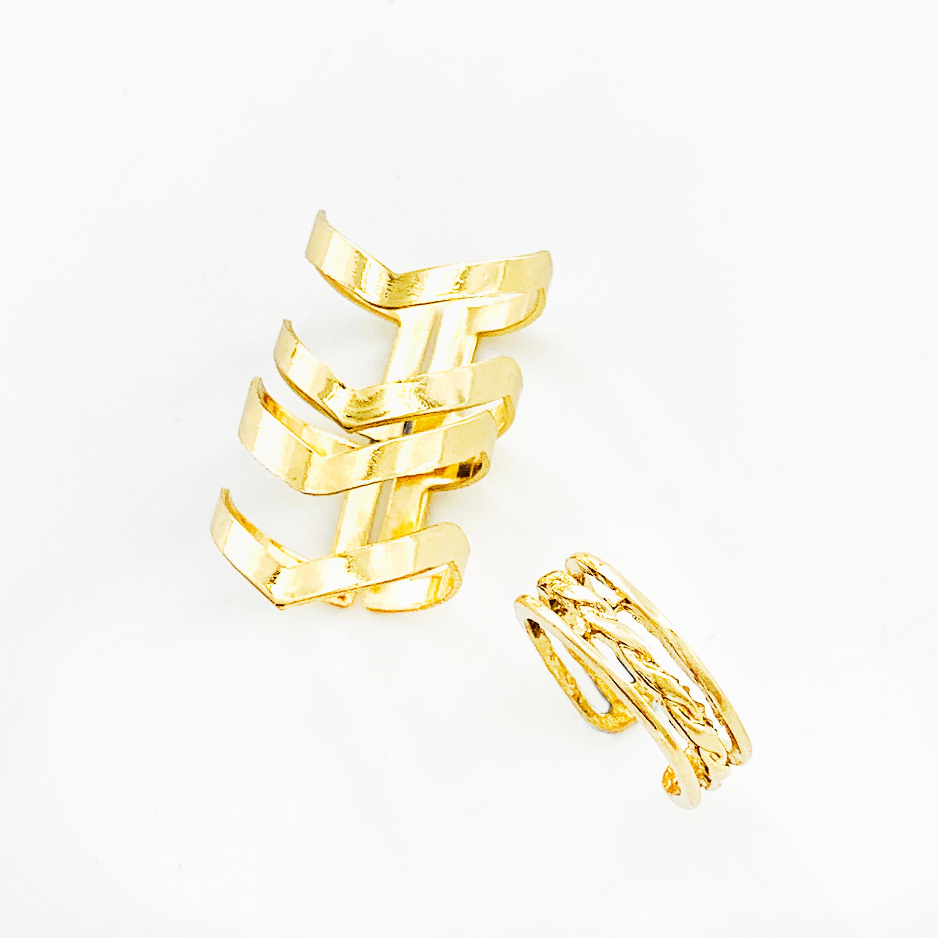Triple gold rings