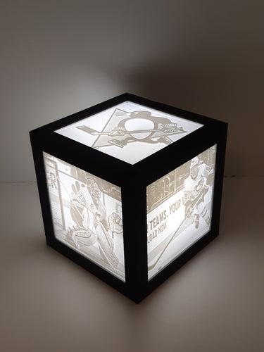 4 x 4 Cube Lamp with 3 Pictures