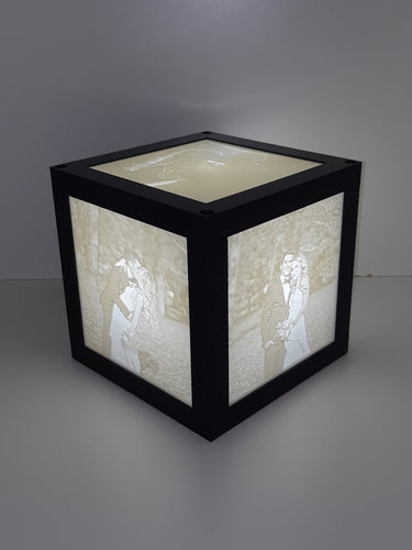 6 x 6 Cube Lamp with 3 Pictures