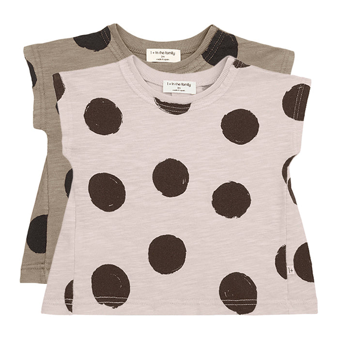 Big polka dot short sleeved t-shirt in two colours.
