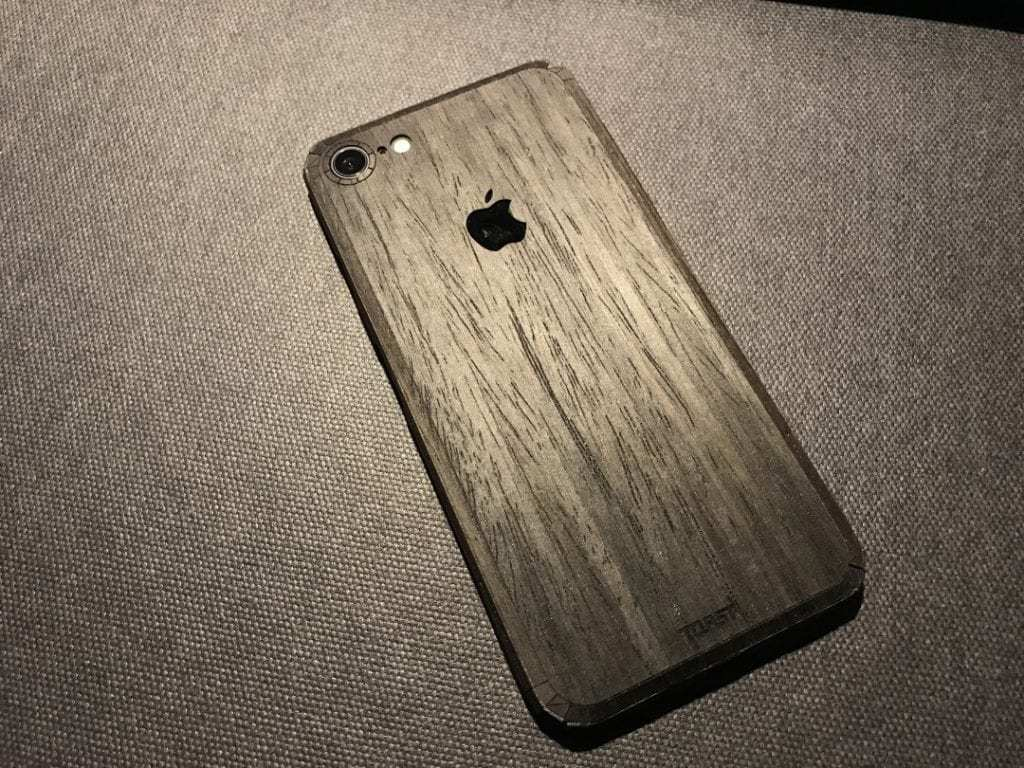 TOAST Wooden iPhone 7 Cover REVIEW  MacSources