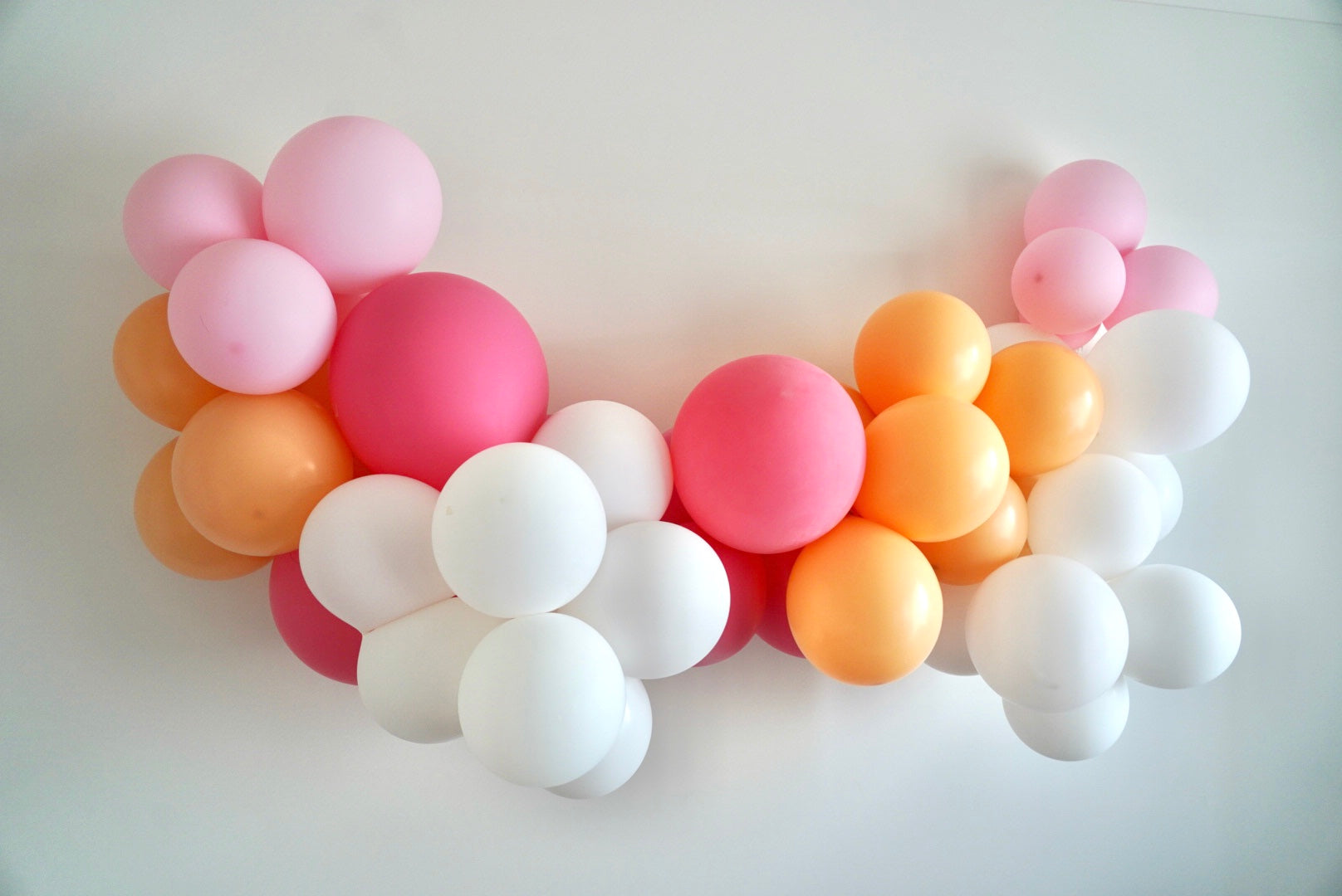 Diy Balloon Garland Kit Pinks Peach And White Istoria Events