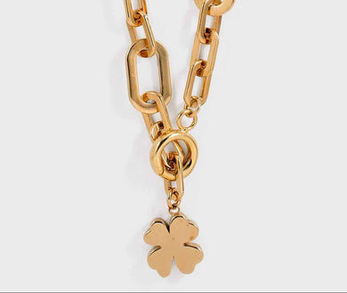 Clover Necklace - 18K Gold Plated