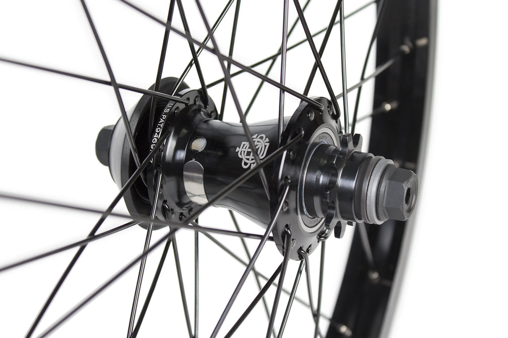 Odyssey Clutch V2 Freecoaster Complete Black - BMX Wheels Close-Up