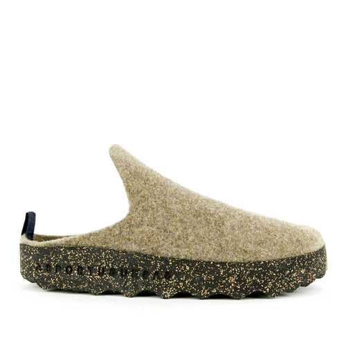Asportuguesas beige wool come slide.