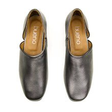 Load image into Gallery viewer, Bueno Elena Metallic Leather Flat for Women