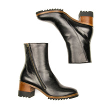 Load image into Gallery viewer, Homers Polar Black Leather Zip Boot for Women