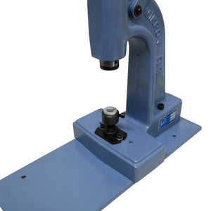 Toggle press with optimal power transmission for eyelets, snaps and much more.