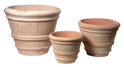 cone-shaped-terracotta-pot-with-rims-whitewash-effect