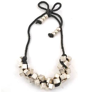 Nora - cubed string necklace