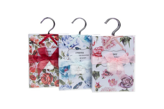 Fragranced hanging sachet