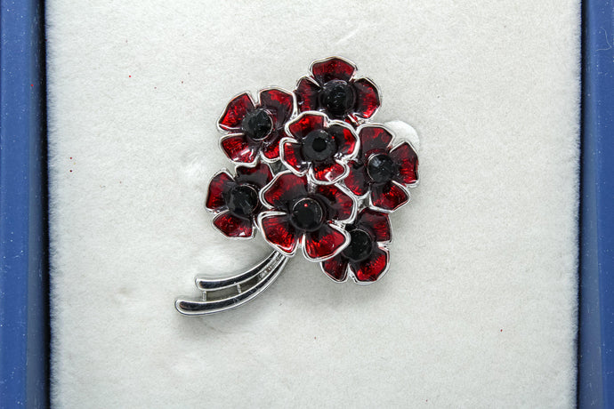Eq Poppy bouquet magnetic brooch