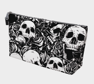 ANNU PILE OF SKULLS MAKE-UP BAG