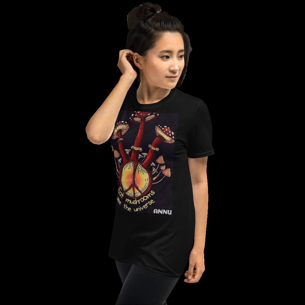 ANNU - EAT MUSHROOMS T-Shirt with Tear Away Label