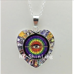Illuminati Heart Necklace Tarot Card Symbol Heart Pendant Black and White Anasazi Jewelry Heart Shaped Necklace Pendant HZ3