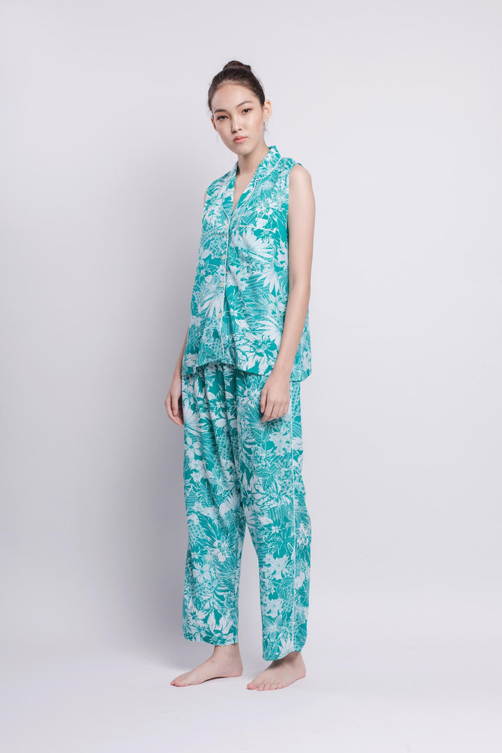 Sala Rayon Sleeveless Top in Tosca Tropical Print