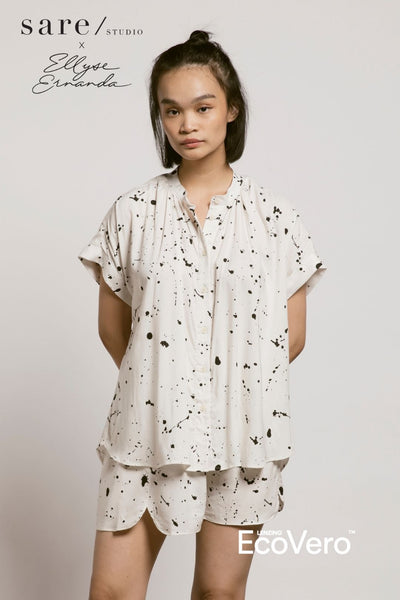Toba Pajama Top in Off White Splats
