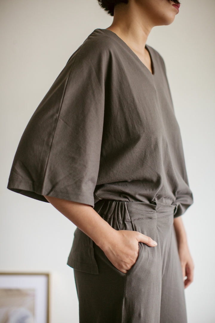 Tahuna Cotton Batwing Sleeve Set in Grey
