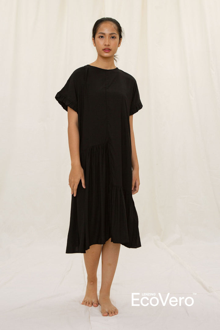 Moyo Tiered Ruffled Nightdress in Black
