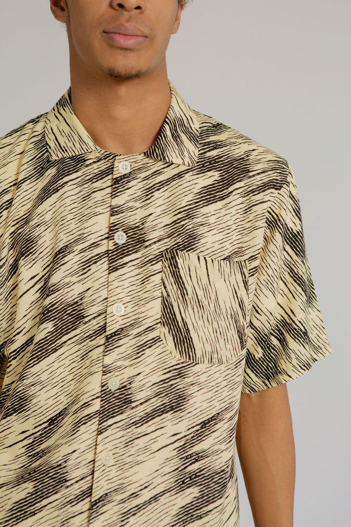 Mappi Men Short Sleeve Top in Zebra