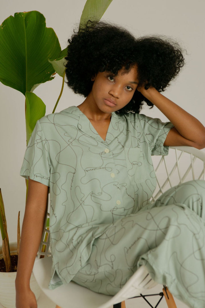 Mappi Short Sleeve Pajama Top in SS Line