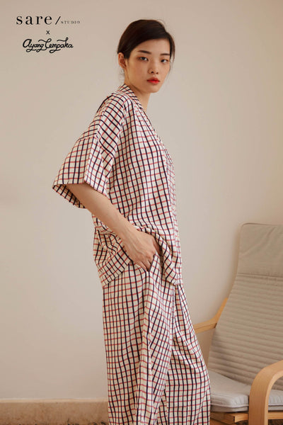 Bintan Rayon Boxy Top in Checker