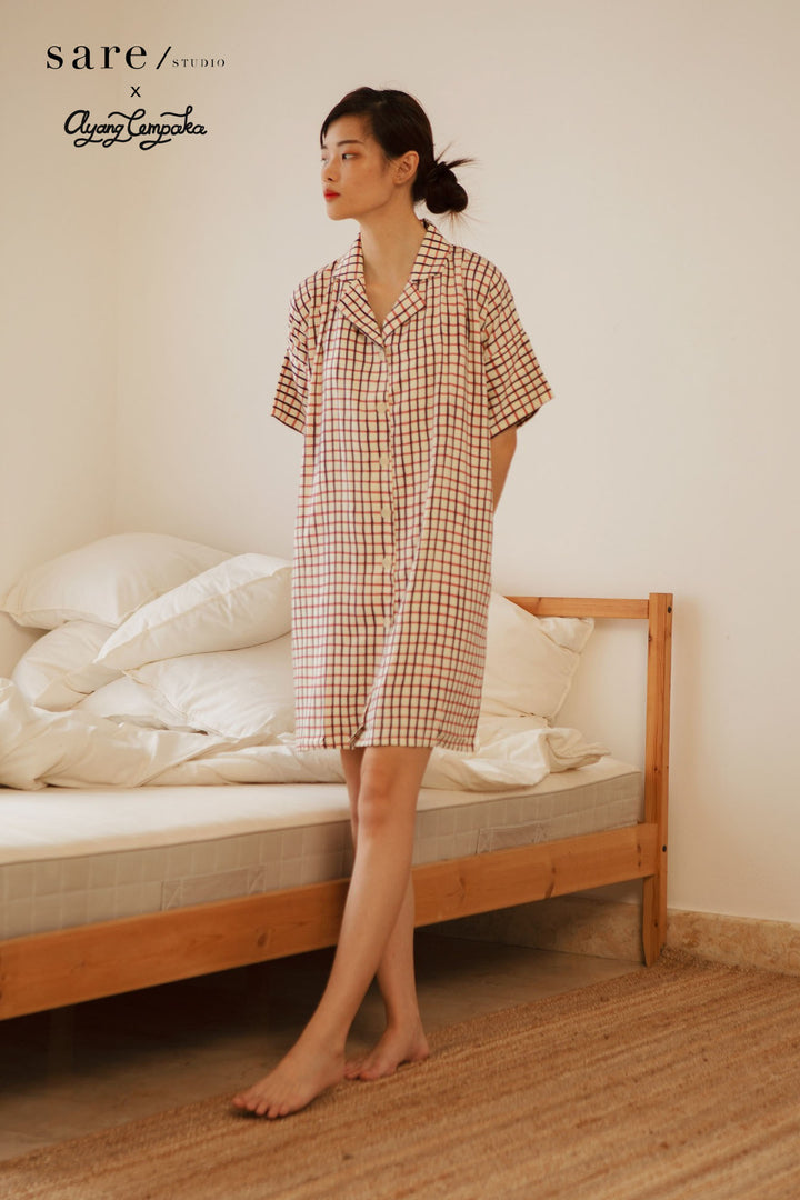 Flores Rayon Boxy Nightdress in Checker