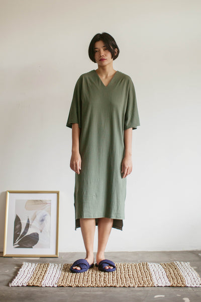 Tepa Cotton Batwing Nightdress in Green