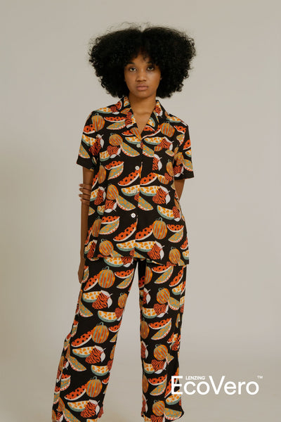 Mappi Short Sleeve Pajama Top in Black Fruit