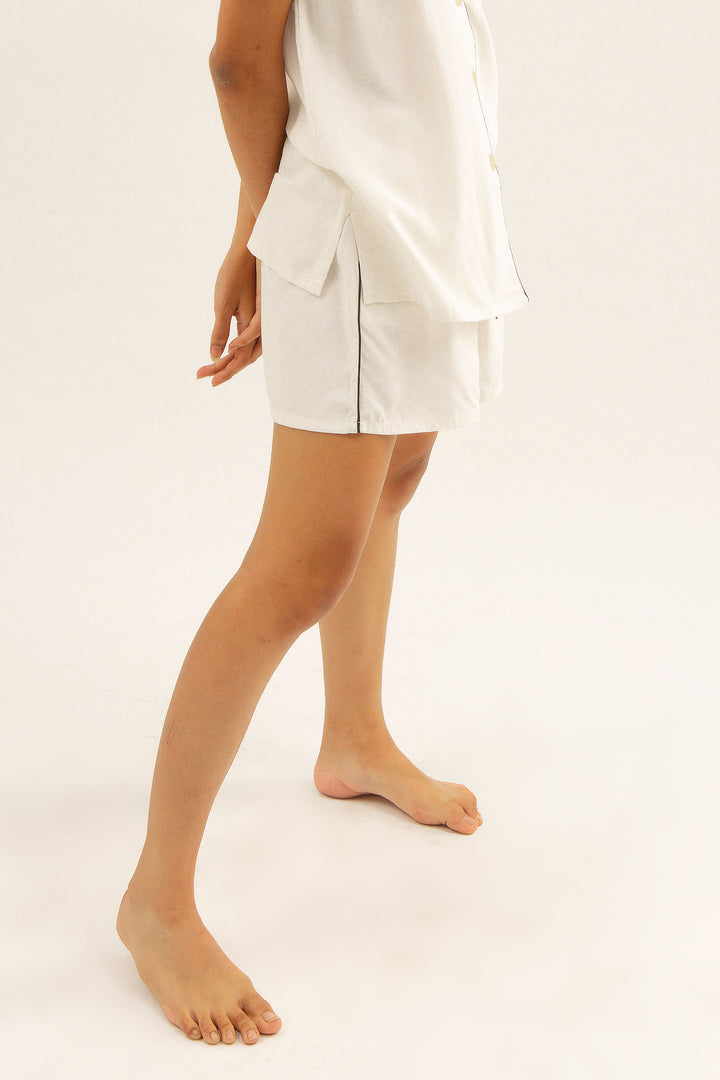 Mariri Rayon Shorts in White
