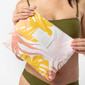 Mid Tropics Pouch in Starburst - Aloha Collection