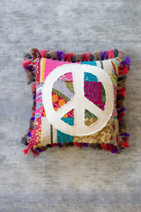 Peace Pillow - Kalalou