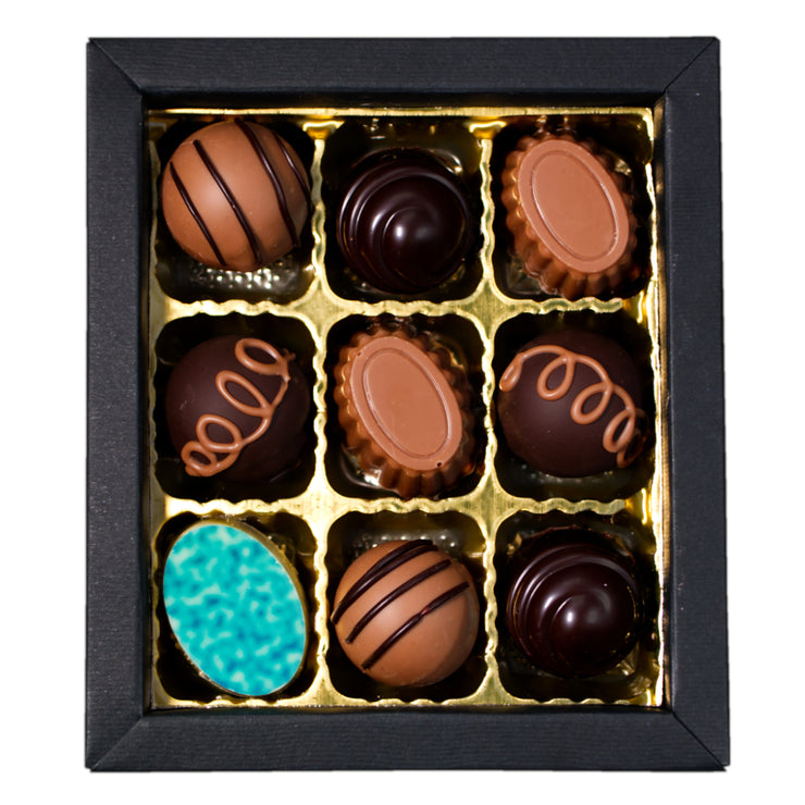 Assorted alcohol-free and alcohol chocolates and truffels, 9 pc.
