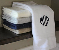 Monogrammed Bath Towel Set, Personalized Bath Towels, Housewarming Gifts, Monogrammed Gifts, Wedding Gifts, Grad Gifts, Set of 2 Bath Towels - PoshBoutiqueInc